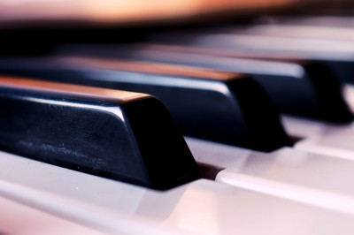 How to Play Keyboard - Online Piano Lessons